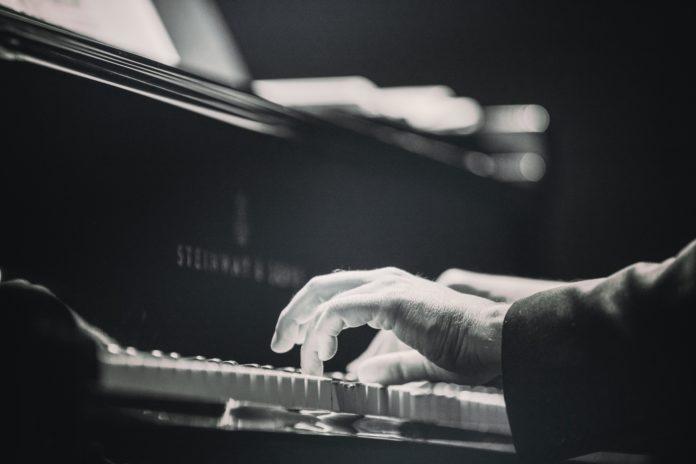 Klassisk musik kan hjälpa dig i studerandet. Bild: Dolo Iglesias/Unsplash