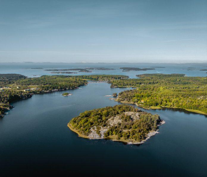 Åland påverkas hårt av coronarestriktionerna då turistnäringen är öns största inkomstkälla. Bild: Unsplash/Tommi Selander.